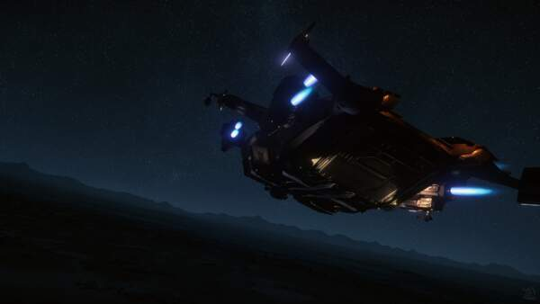 Star Citizen: Valkyrie Skimming Over Wala