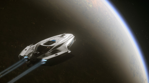 Star Citizen: 600i Cruising